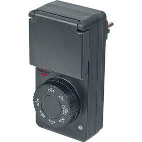 Timer with twilight sensor   IP 44   1800 W